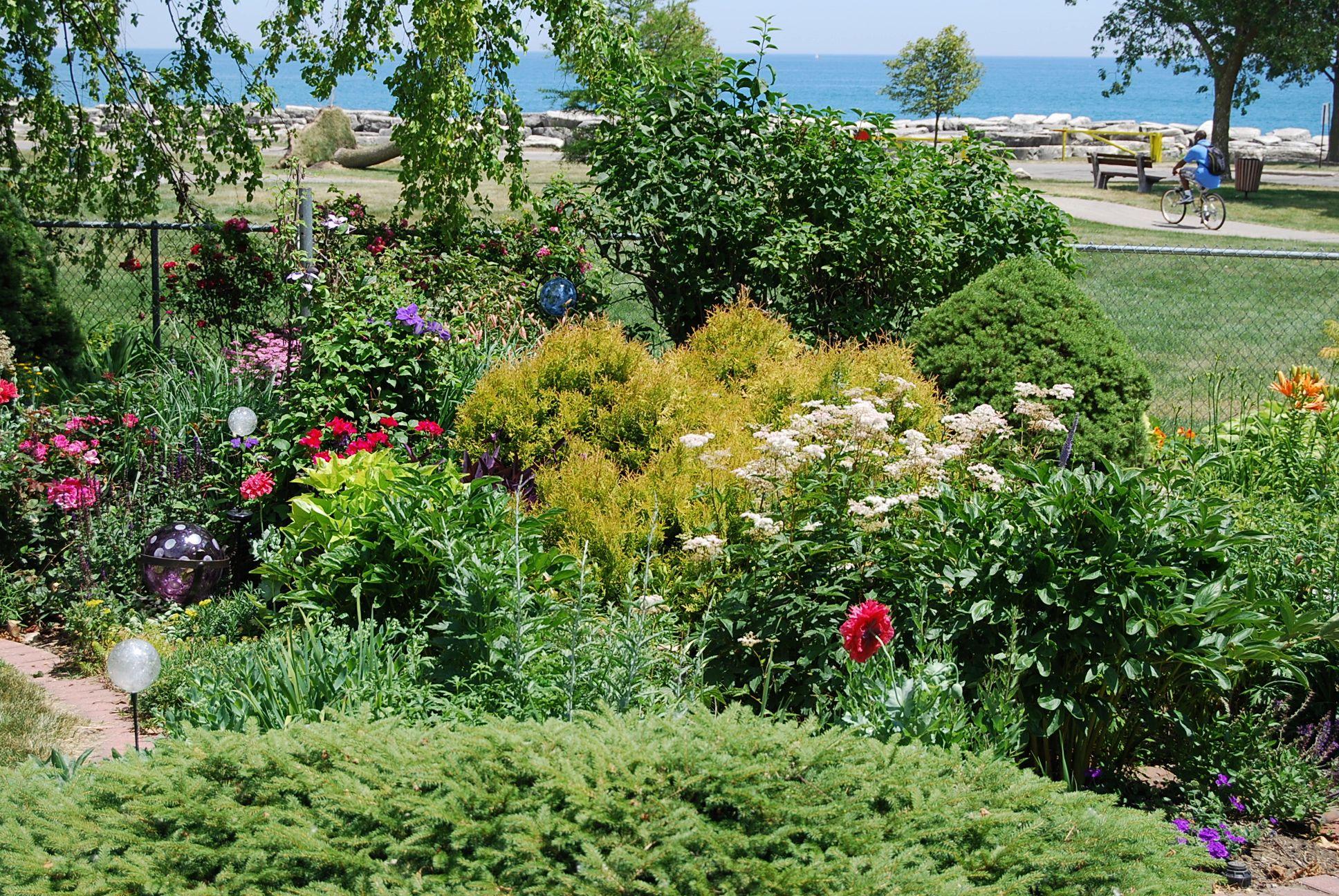Kenosha, Wisconsin Garden Walk, Part 1